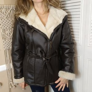Wilson's brown leather cream fur belt coat small